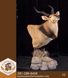 African_Floor_Pedestal_10