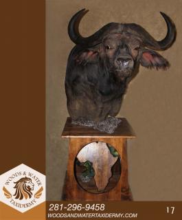 African_Floor_Pedestal_17